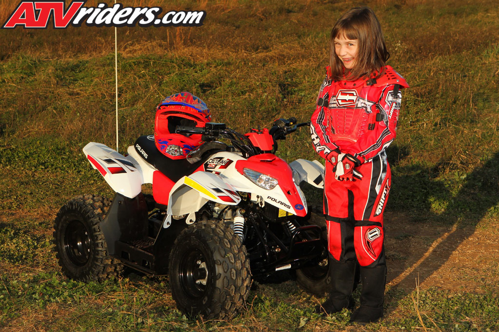 Youth Mini Atv Buyers Guide Youth Atvs Make For Great