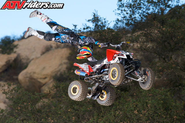 http://www.atvriders.com/images/hbomb/h-bomb-films-huevos-11-atv-dvd-review/huevos-11-polaris-outlaw-atv-freestyle.jpg