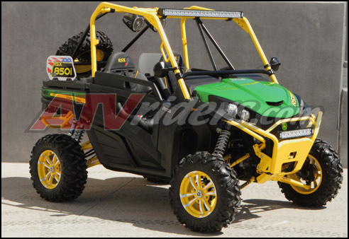 Dragon Fire Racing's John Deere Gator RSX 850i SxS