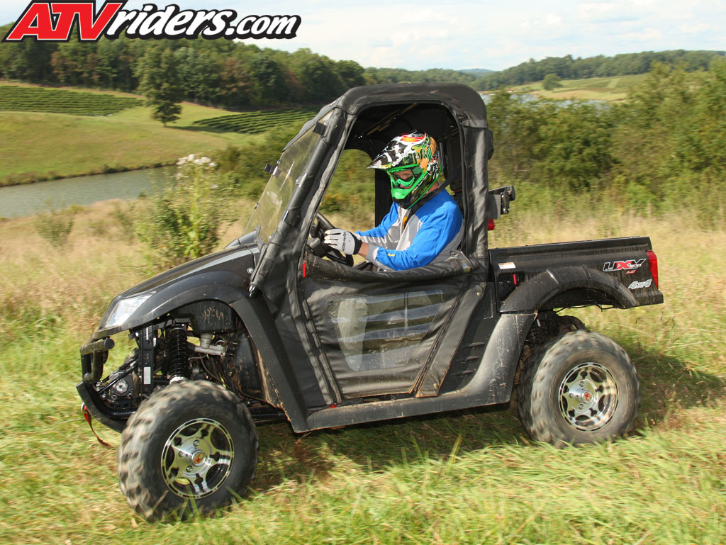 Kymco 500 UXV to be on next episode of DirtTrax TV Kymco-2010-uxv-500-le-utv-sxs-black-roost